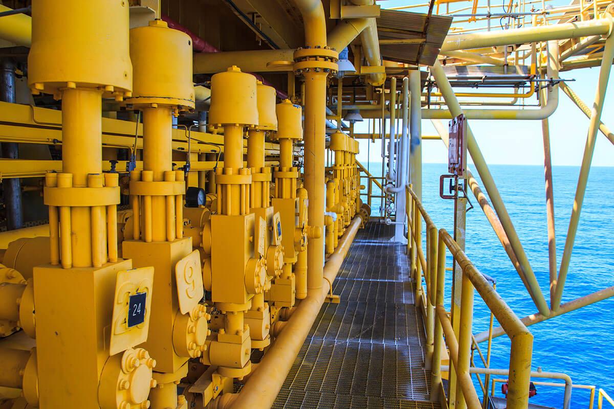Plateformes-pétrolières offshore AVISTEL